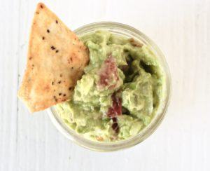5-minute guacamole for one