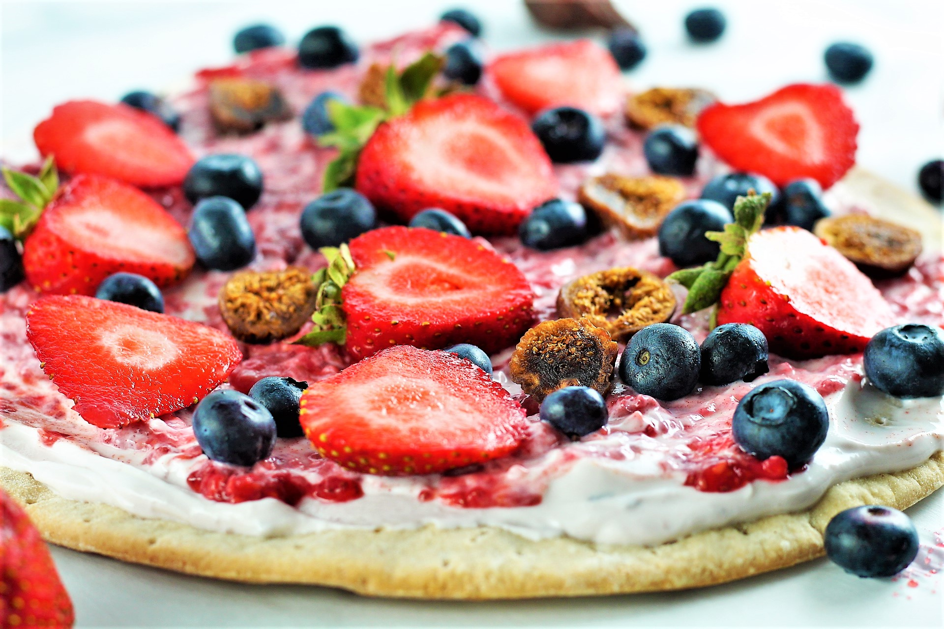 Low Sugar Fruit Pizza