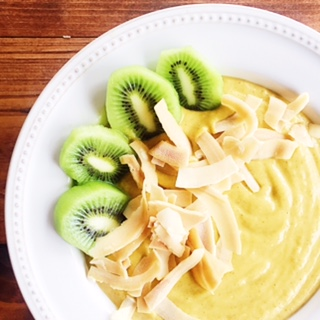 Tropical Superfood Smoothie with kiwi