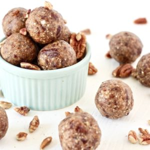 Simple Pecan No-Bake Energy Bites