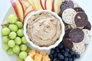 fruit tray with peanut butter fruit dip