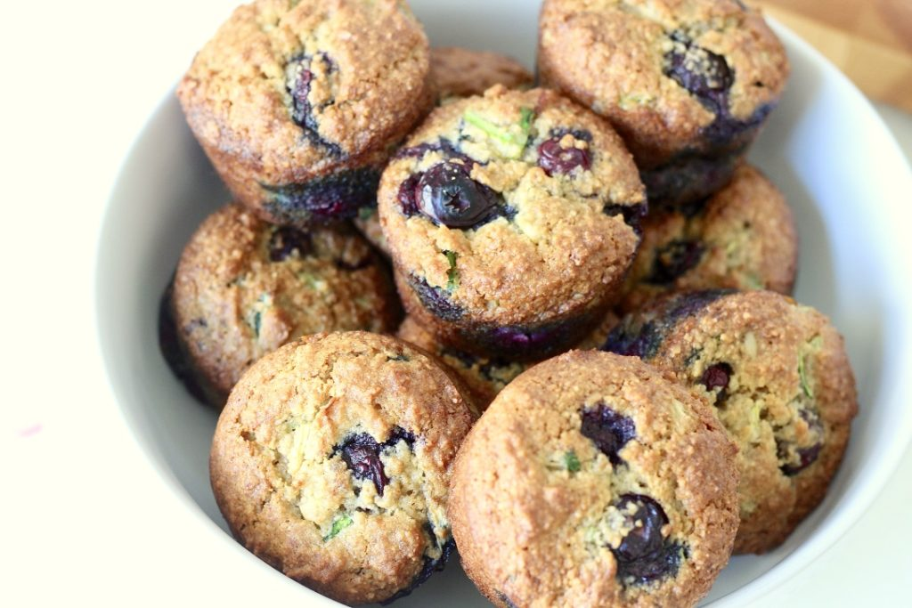 blueberry muffins in a bowl bedtime snacks for diabetes