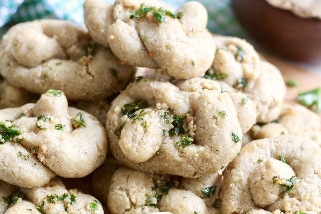 pile of gluten free garlic knots