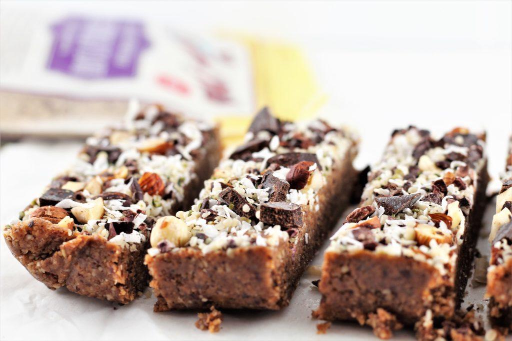 healthy no bake desserts bars with hazelnut flour