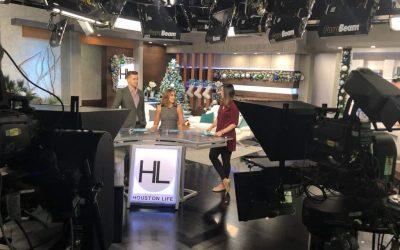 Mary Ellen on set